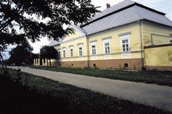 Erdődy-Szunyogh-kúria felújítása